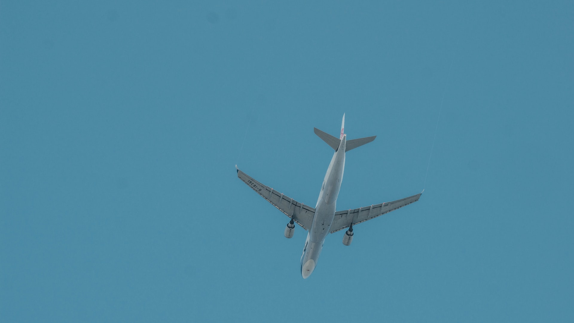 JetBlue Airlines Implements Safety Measures During COVID-19
